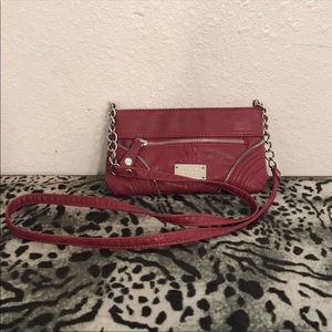Nine West mini red crossover